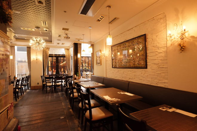 AHILYA Indian restaurant&Bar_1