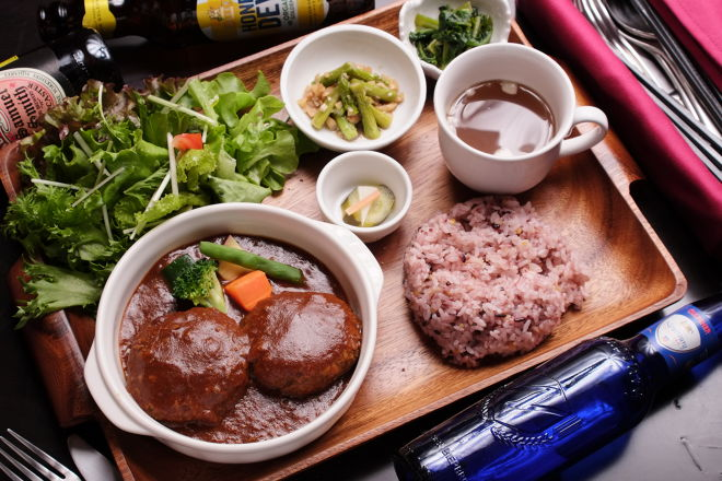 Cafe and Dining Paco_10