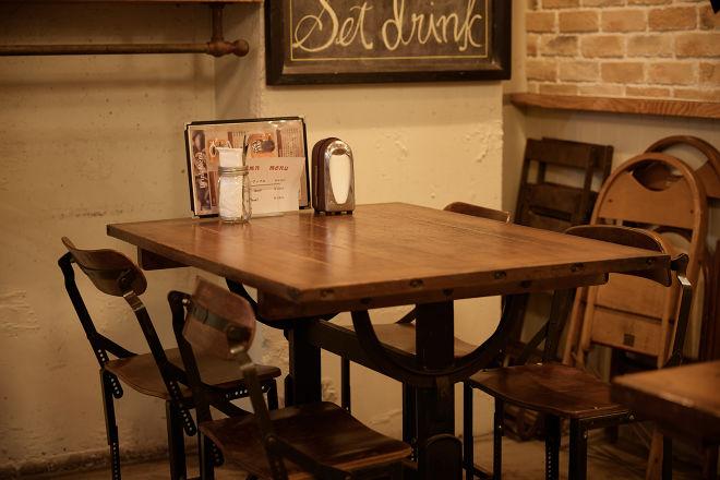 Gleeful Cafe_32