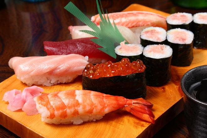 寿司割烹 よつや_17