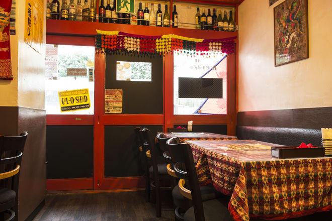 Asian dining and bar Ganesha_2