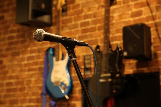 Music Bar Teen Spirits_3