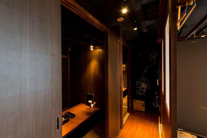完全個室×GRILL DINING ふかざわ 浜松町・大門店_19