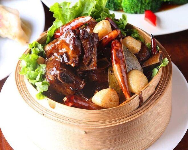 中華料理 佳佳